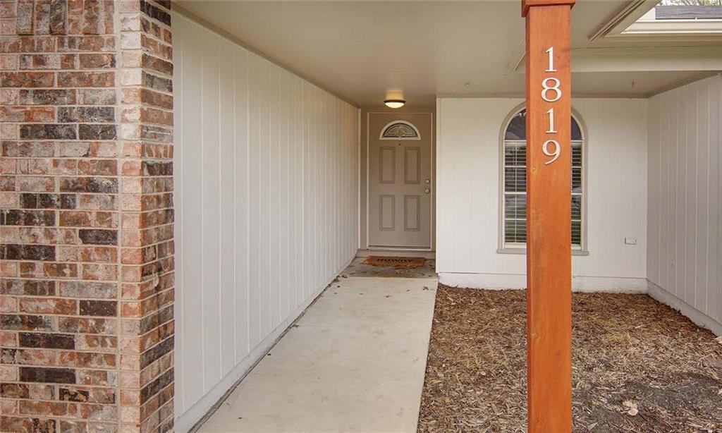 Sold Property | 1819 Briar Meadow Drive Arlington, Texas 76014 4