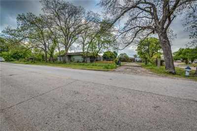 Active | 5201 Ranchero Lane Dallas, Texas 75236 8