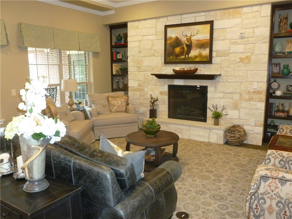 Property for Rent | 301 Elk Drive #E Burleson, TX 76028 7
