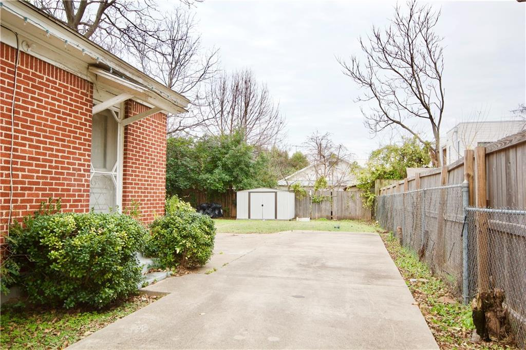 Pending | 4606 Capitol Avenue Dallas, TX 75204 1