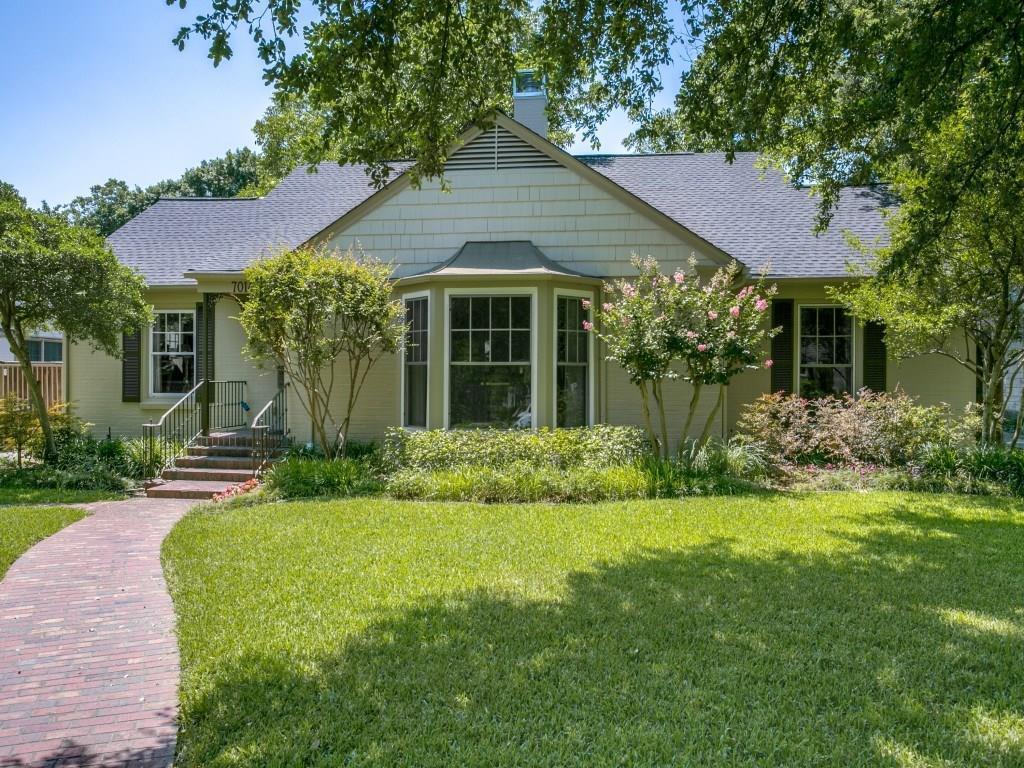 Sold Property | 7014 Meadow Lake Avenue Dallas, Texas 75214 2