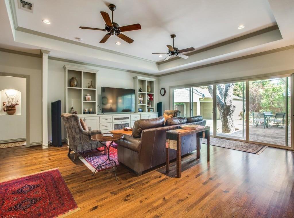 Sold Property | 7014 Meadow Lake Avenue Dallas, Texas 75214 13