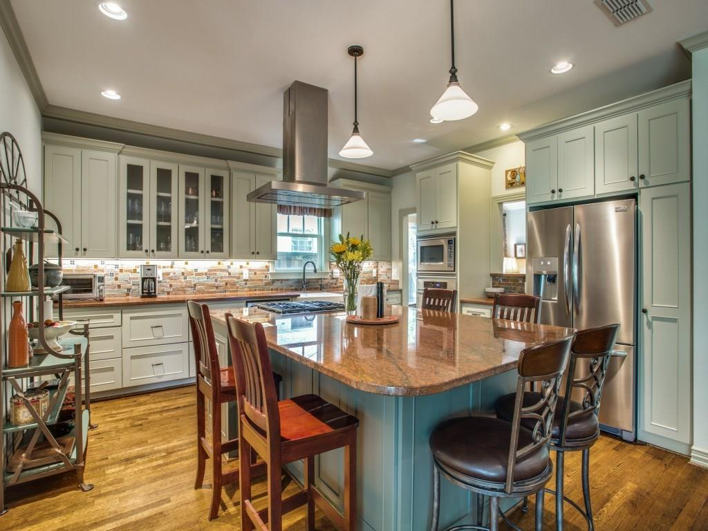 Sold Property | 7014 Meadow Lake Avenue Dallas, Texas 75214 18