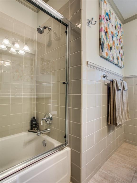 Sold Property | 7014 Meadow Lake Avenue Dallas, Texas 75214 25