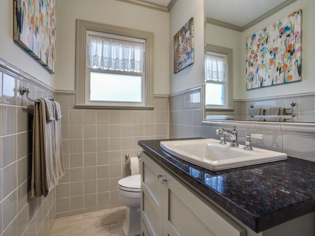 Sold Property | 7014 Meadow Lake Avenue Dallas, Texas 75214 28