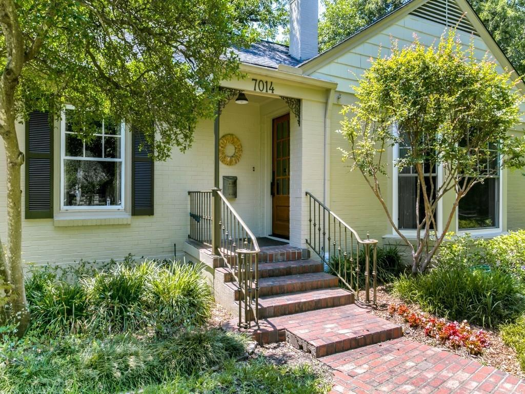 Sold Property | 7014 Meadow Lake Avenue Dallas, Texas 75214 4