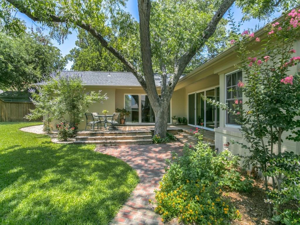 Sold Property | 7014 Meadow Lake Avenue Dallas, Texas 75214 32