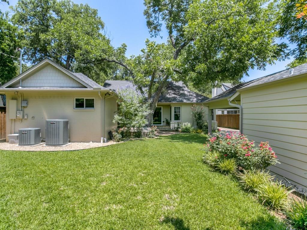 Sold Property | 7014 Meadow Lake Avenue Dallas, Texas 75214 34