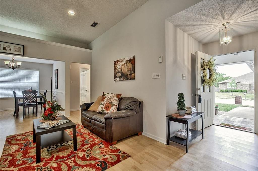Sold Property | 7716 Prairie Drive Watauga, Texas 76148 5