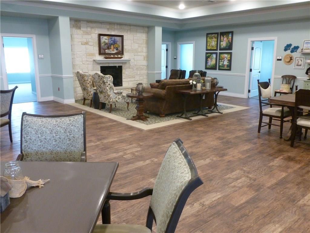 Property for Rent | 301 Elk Drive #Mem. 2 Burleson, TX 76028 5