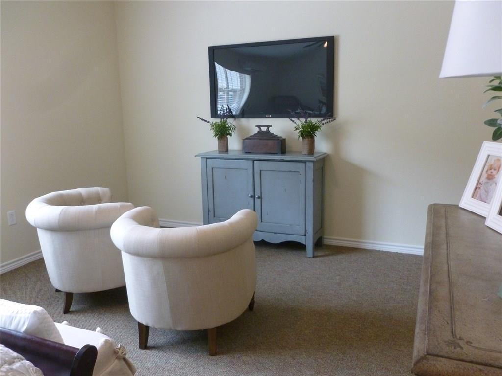 Property for Rent | 301 Elk Drive #Mem. 2 Burleson, TX 76028 8