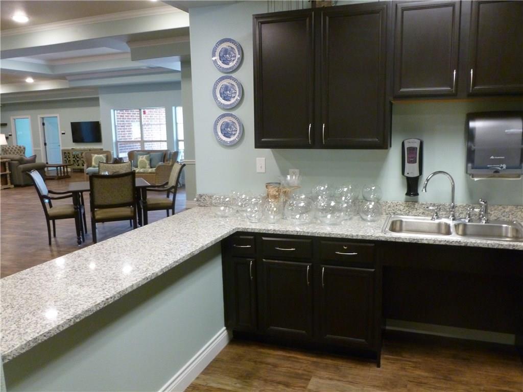 Property for Rent | 301 Elk Drive #Mem. 1 Burleson, TX 76028 7