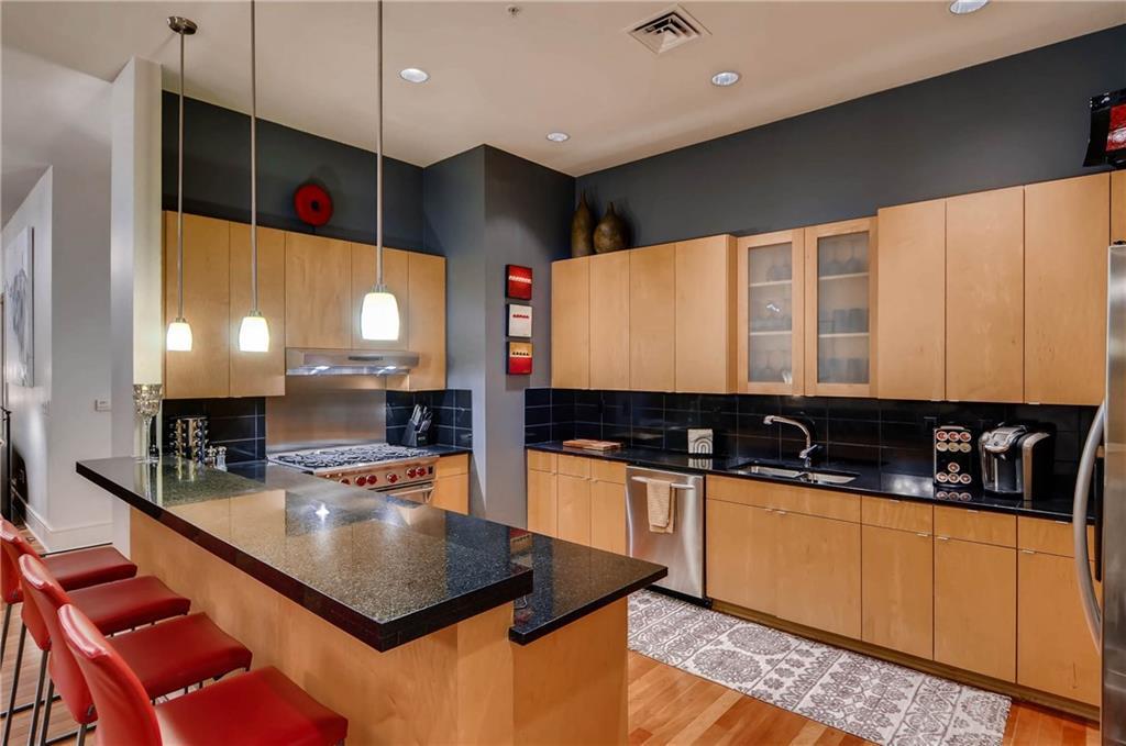 Sold Property   555 E 5th Street #2906 Austin, TX 78701 11