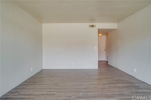 Pending | 1242 E 4th Street #5 Long Beach, CA 90802 5