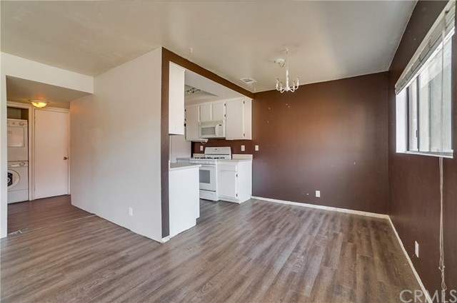 Pending | 1242 E 4th Street #5 Long Beach, CA 90802 6