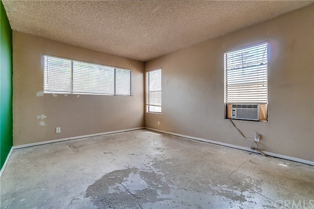 Pending | 1242 E 4th Street #5 Long Beach, CA 90802 16