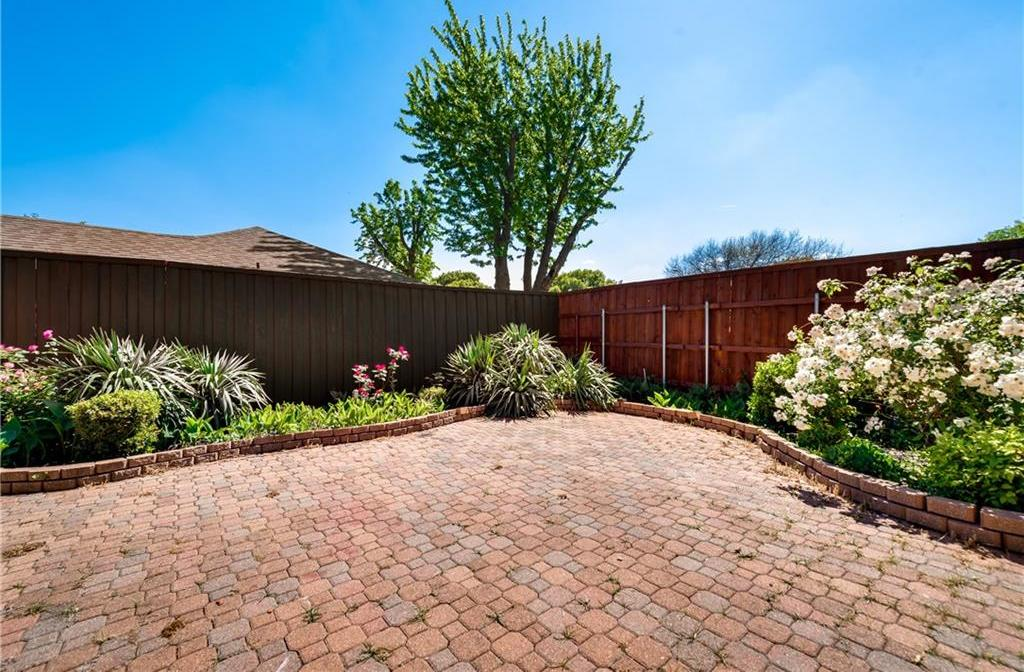 Sold Property | 12702 Whispering Hills Drive Dallas, Texas 75243 4