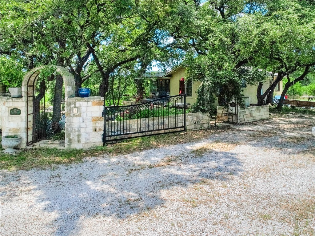 Active | 4604 Stearns Lane Sunset Valley, TX 78735 2