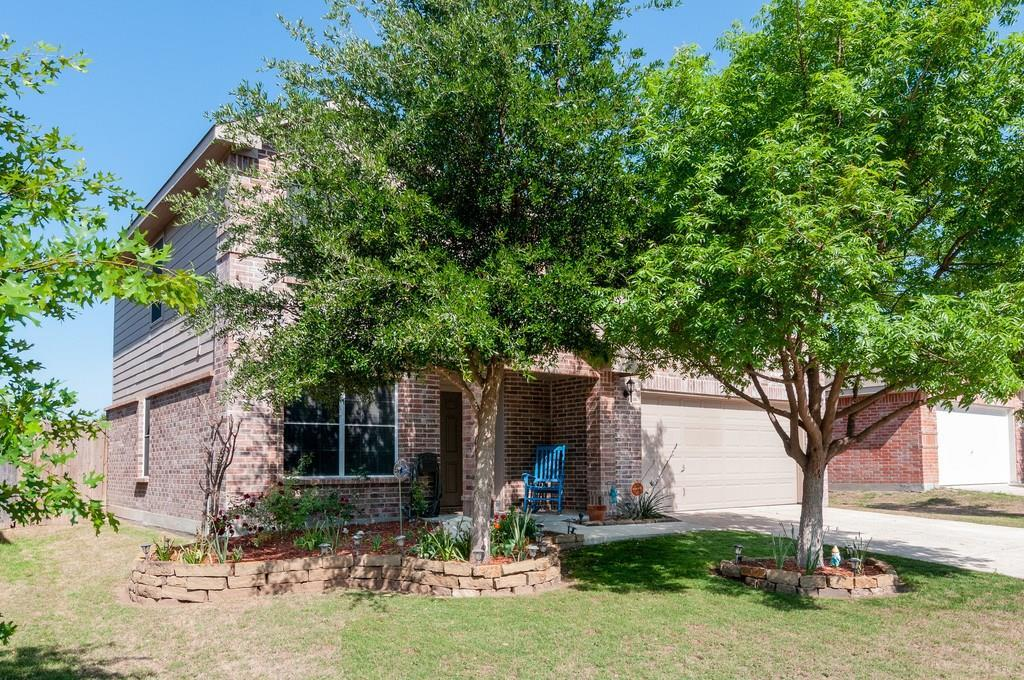 Sold Property | 2928 Wispy Trail Fort Worth, Texas 76108 1