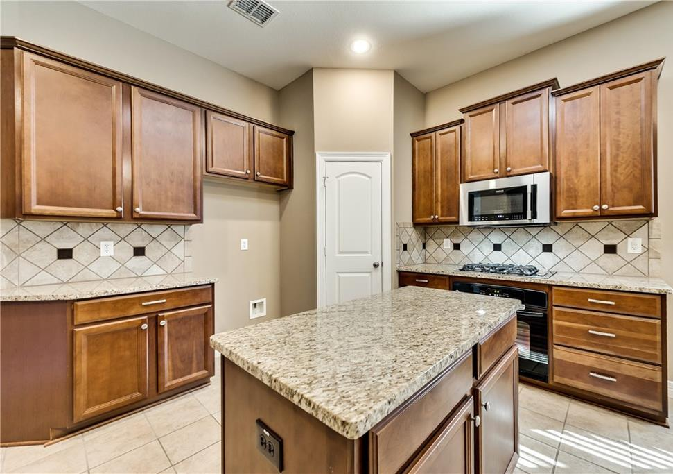 Leased | 6213 Flagstone Drive McKinney, Texas 75070 2