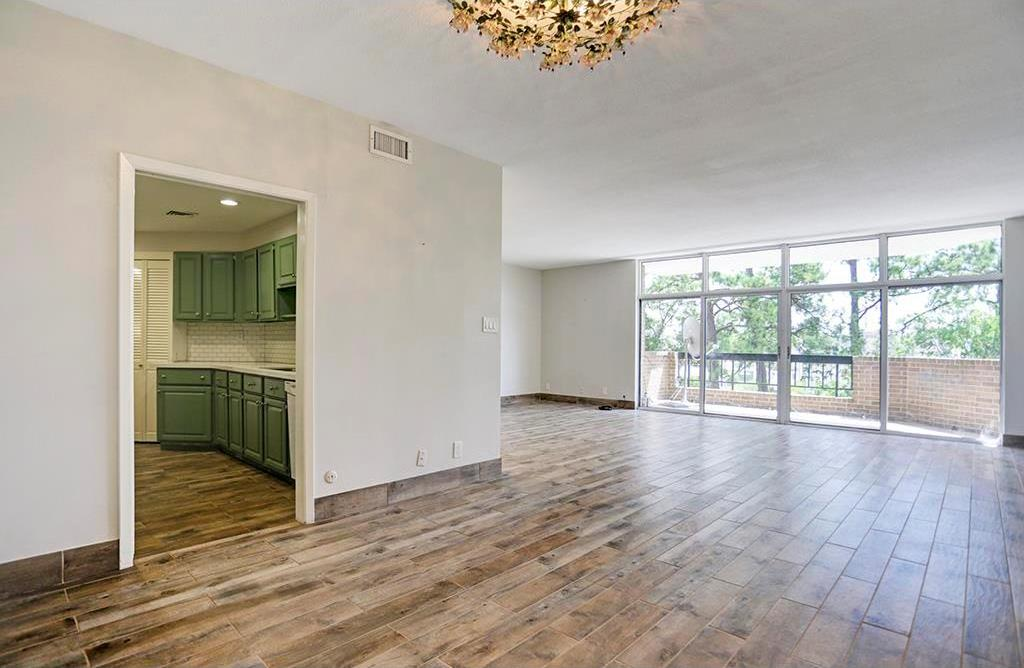 Off Market | 21 Briar Hollow Lane #505 Houston, Texas 77027 3