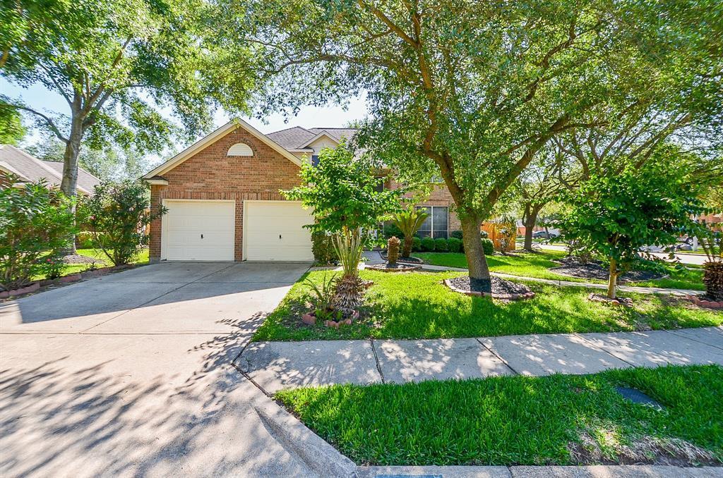 Off Market | 7602 Grand Terrace Court Houston, Texas 77095 2