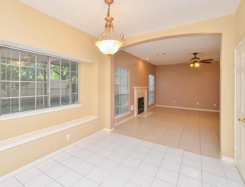 Off Market | 7602 Grand Terrace Court Houston, Texas 77095 13