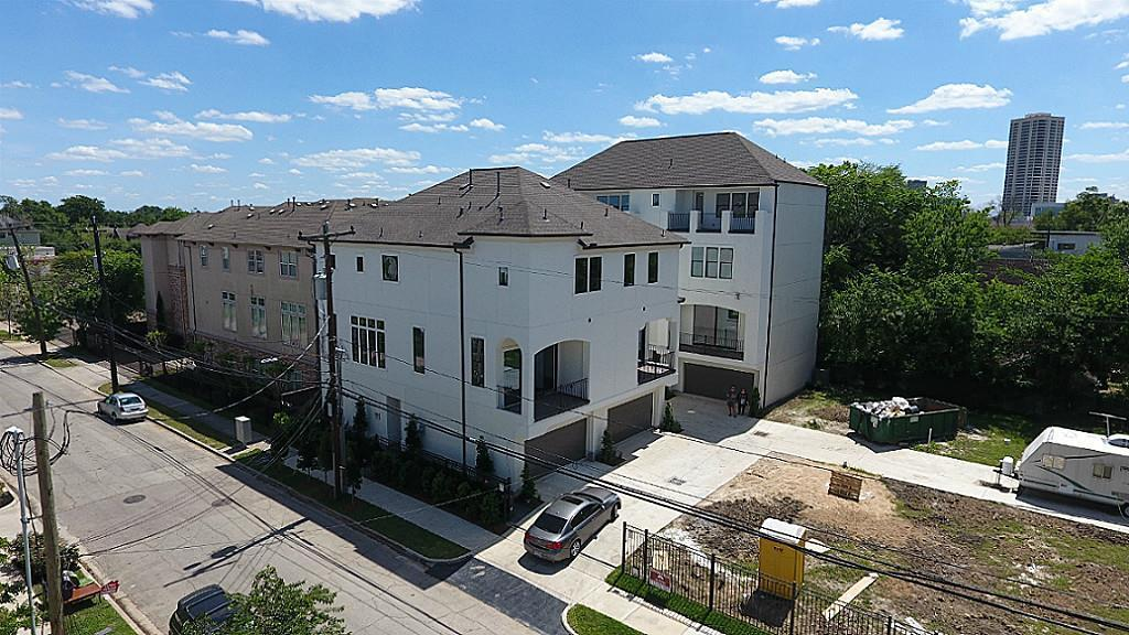 Off Market | 1818 Wichita Street #E Houston, Texas 77004 40