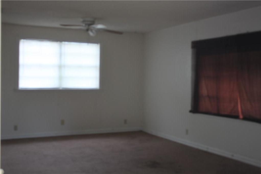 Sold Property | 221 Macarthur Boulevard Grand Prairie, Texas 75050 3