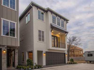 Off Market | 10907 Upland Retreat Drive Houston, Texas 77043 48