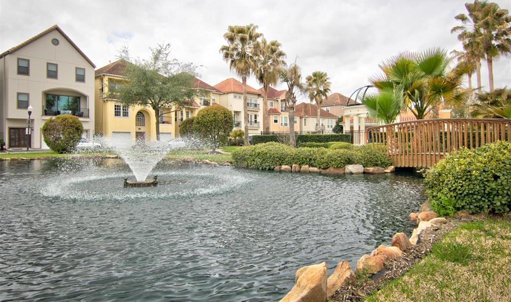 Active | 7235 Laguna Villas  Houston, Texas 77036 0