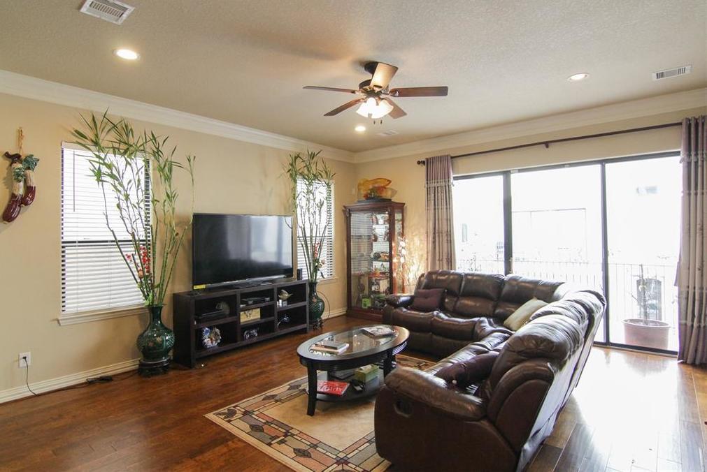 Off Market | 7235 Laguna Villas  Houston, Texas 77036 10