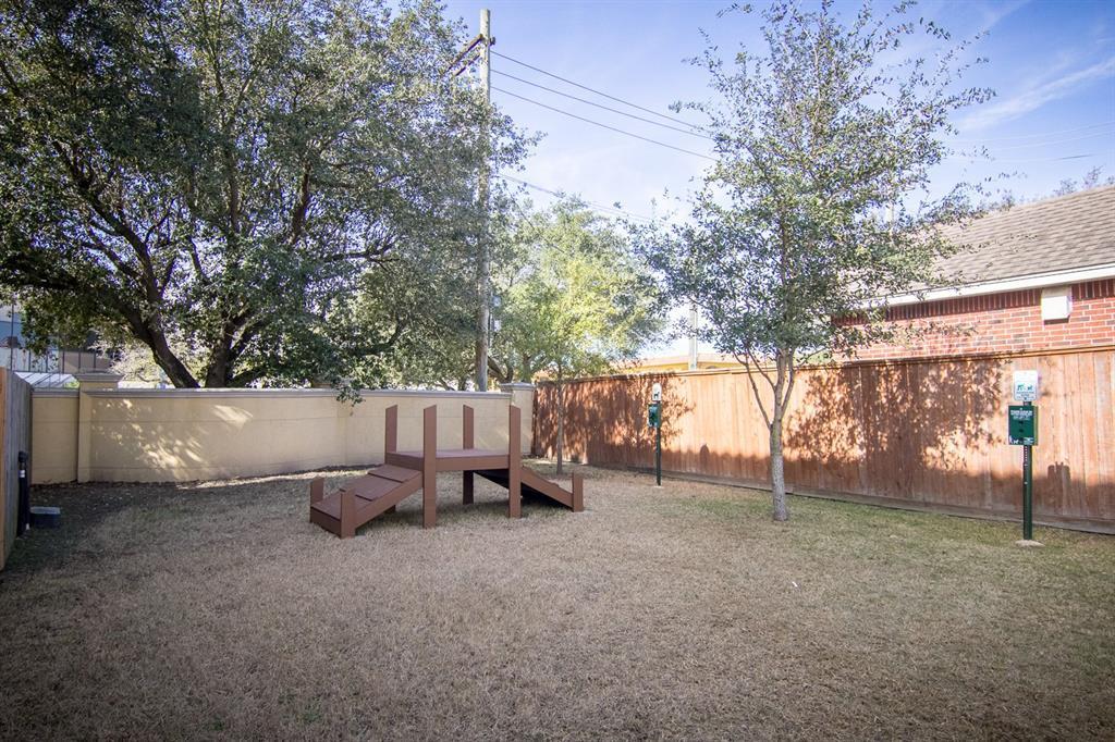 Off Market | 7235 Laguna Villas  Houston, Texas 77036 34