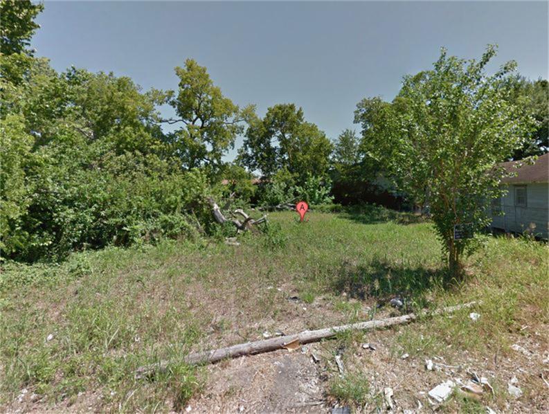 Active | 2405 Berry Street Houston, Texas 77004 2