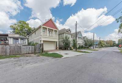 Active | 6202 N Main Street Houston, Texas 77009 9