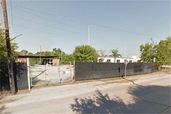 Active | 4323 Mangum  Road Houston, TX 77092 1