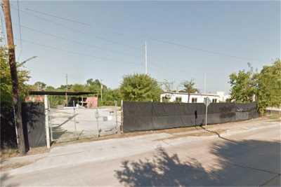Active | 4323 Mangum Road Houston, Texas 77092 1
