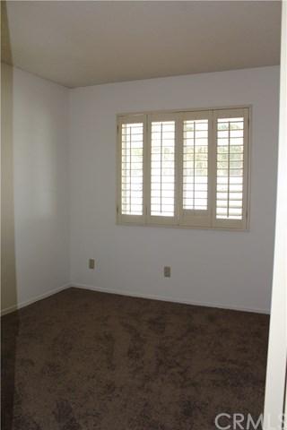Closed   933 Casper Avenue Banning, CA 92220 19