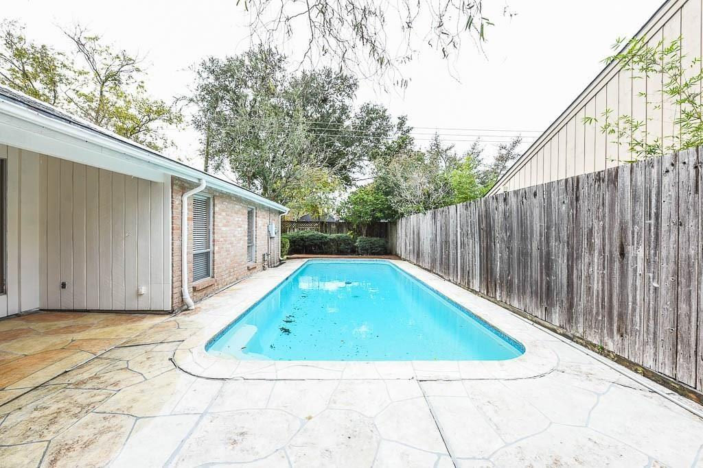 Off Market | 11935 Briar Forest Drive Houston, Texas 77077 30