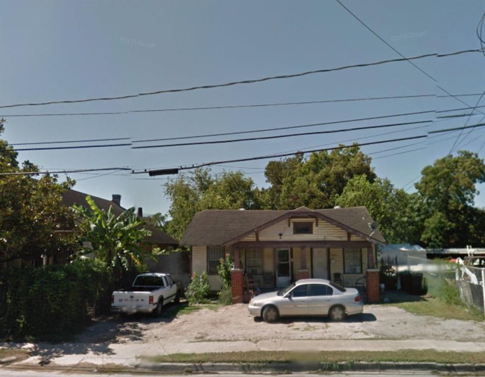 Off Market | 3015 N Main  Houston, Texas 77009 1