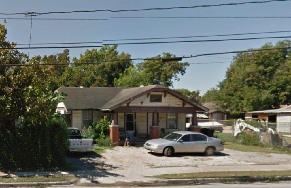 Off Market | 3015 N Main  Houston, Texas 77009 2