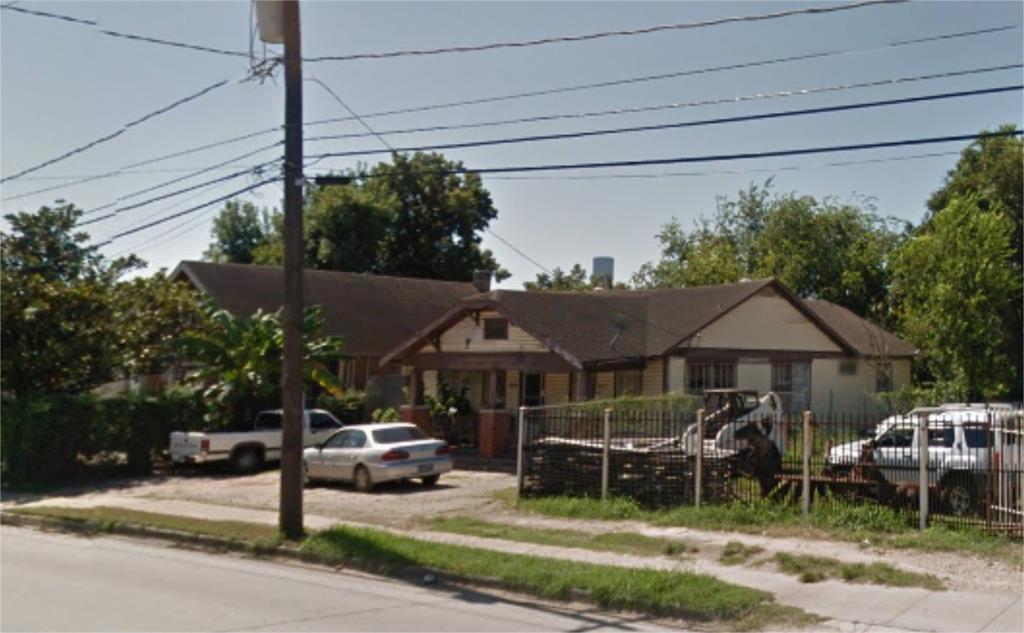 Off Market | 3015 N Main  Houston, Texas 77009 3
