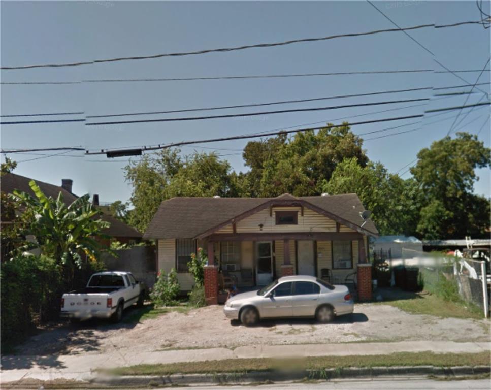 Off Market | 3015 N Main  Houston, Texas 77009 4