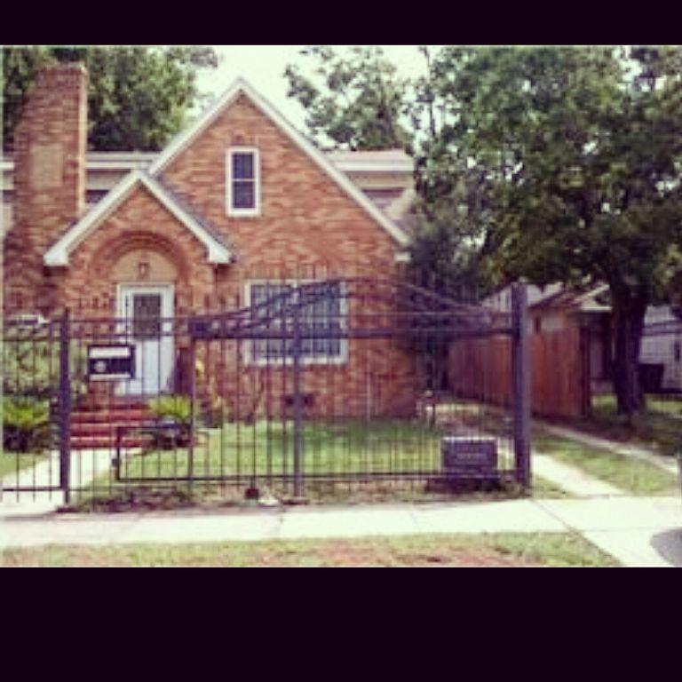 Off Market | 3015 Cleburne Street Houston, Texas 77004 0