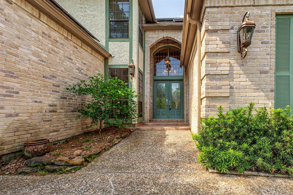 Off Market | 4719 Breezy Point Drive Kingwood, Texas 77345 6
