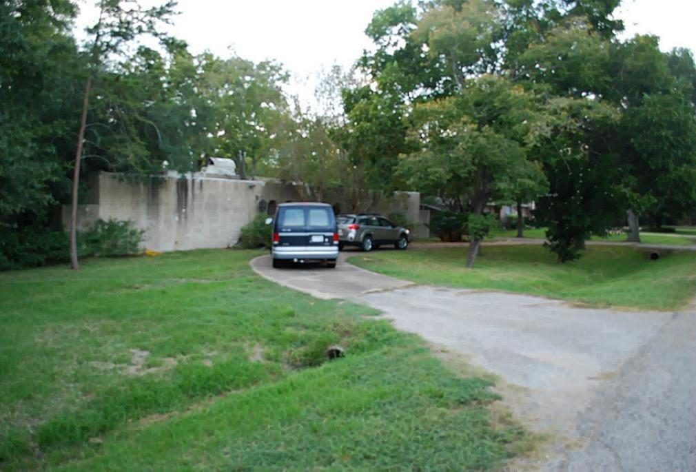 Off Market   1314 Briar Bayou Drive Houston, Texas 77077 0