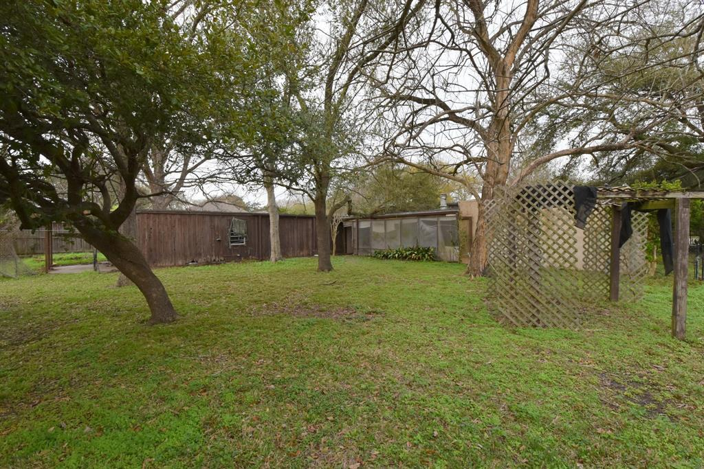 Off Market | 1314 Briar Bayou Drive Houston, Texas 77077 10