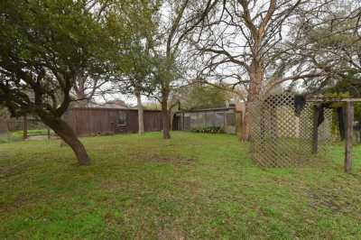 Off Market   1314 Briar Bayou Drive Houston, Texas 77077 11