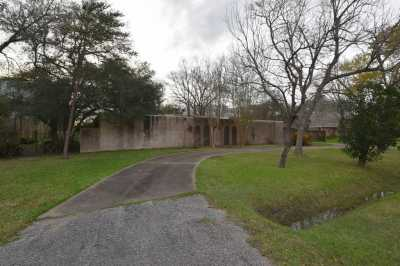 Off Market   1314 Briar Bayou Drive Houston, Texas 77077 12