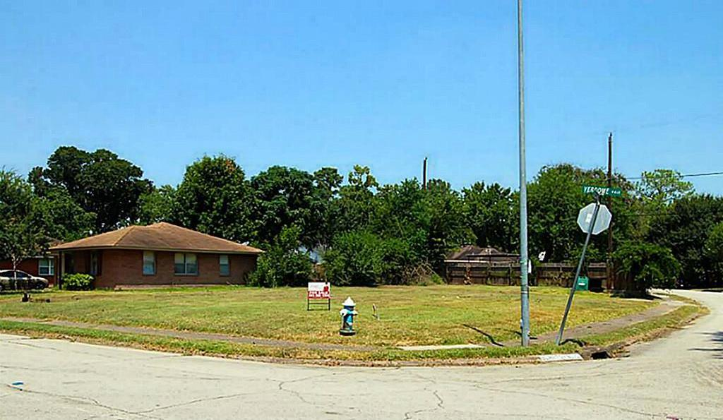Off Market | 4402 Verdome Lane Houston, Texas 77092 0